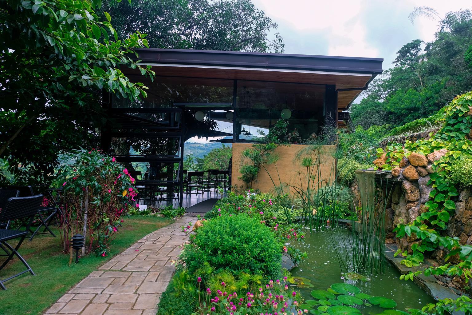 Terrazas de flores botanical garden sojourns and stories for Terrazas de